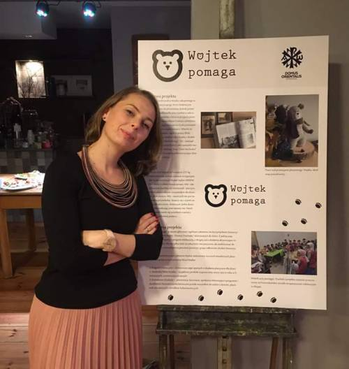 "25.10.19 Magda Sontag - autorka ""Wojtek Pomaga!"" - prezentuje projekt w Kurorcie Qultury w Zabrzu w ramach Global FemArt / M. Sontag - manager of ""Wojtek Helps!"" - prezenting projects at the Global FemArt meeting in Zabrze"