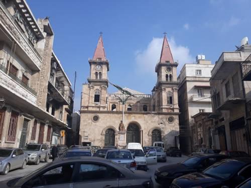 Plac Ferhat / Ferhat Square